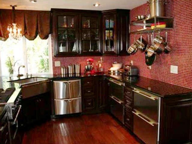 Single Family for Sale at 23610 Latana Ct Valencia, California 91355 United States