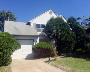 Featured Property in Sicklerville, NJ 08081