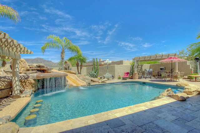 Single Family for Sale at 5702 E Desert Winds Dr Cave Creek, Arizona 85331 United States