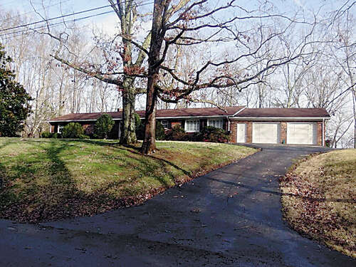 Real Estate for Sale, ListingId:43755690, location: 1325 Sherwood Lane Cookeville 38501