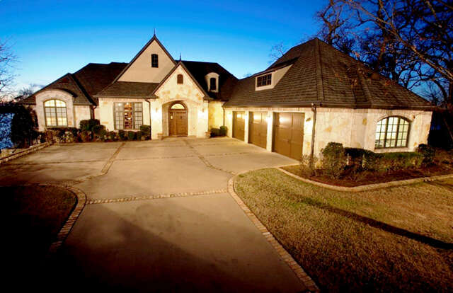 Single Family for Sale at 204 S. Eagle's Bluff Blvd Bullard, Texas 75757 United States
