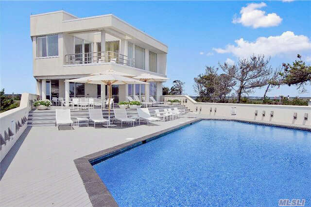Single Family for Sale at 186 Dune Road Rd Quogue, New York 11959 United States