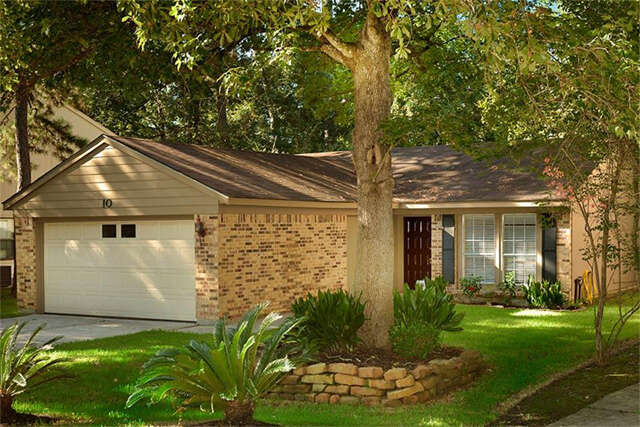 Featured Property in SPRING, TX, 77381