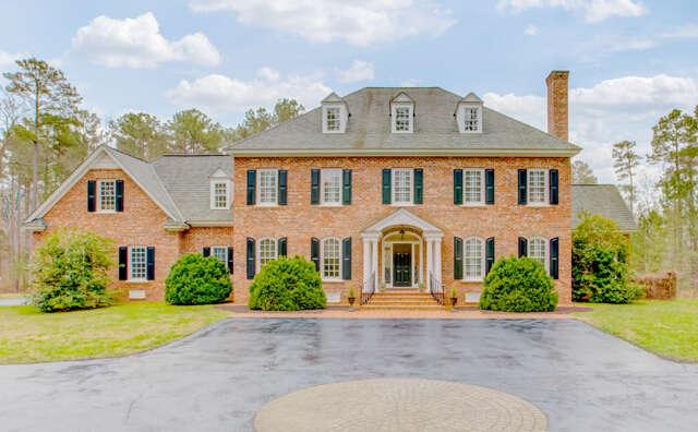 Single Family for Sale at 220 Randolph Square Lane Manakin Sabot, Virginia 23103 United States