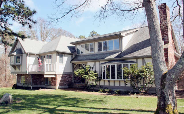 Single Family for Sale at 62 Hillbourne Terrace Brewster, Massachusetts 02631 United States