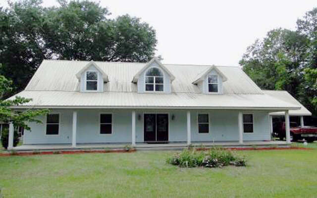 Featured Property in LAKE CITY, FL, 32055