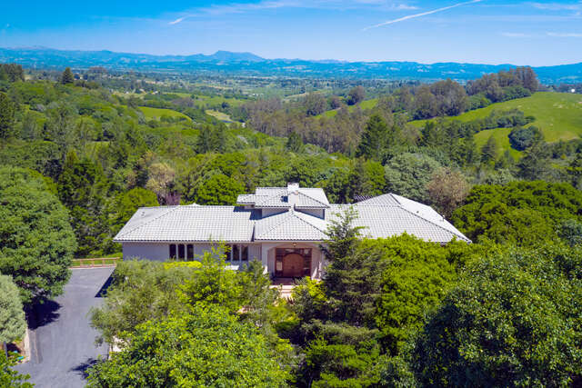 Single Family for Sale at 4059 Burnside Road Sebastopol, California 95472 United States