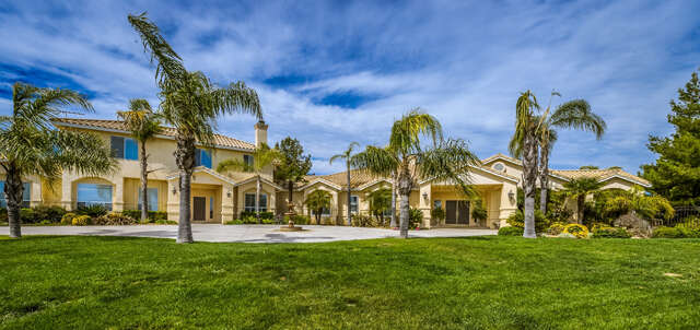 Single Family for Sale at 39635 Vineyard View Murrieta, California 92562 United States