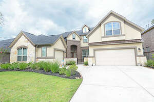Featured Property in Pinehurst, TX 77362