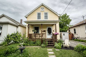 Featured Property in St Catharines, ON L2R 1B1