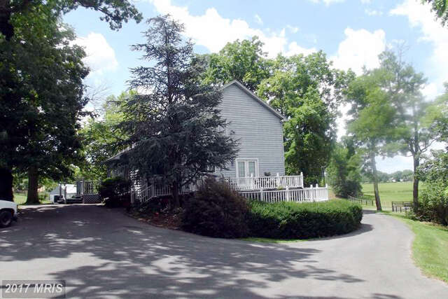 Single Family for Sale at 303 Willingham Road Charles Town, West Virginia 25414 United States