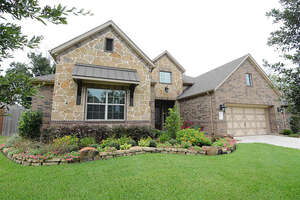 Featured Property in Spring, TX 77388