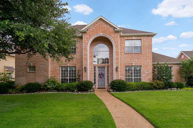 Single Family for Sale at 2224 Clearspring Drive S Irving, Texas 75063 United States