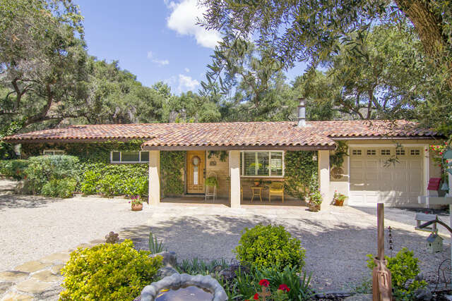 Single Family for Sale at 15301 Ojai Road Santa Paula, California 93060 United States