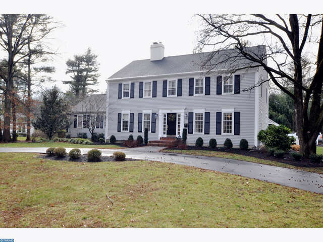 Single Family for Sale at 764 N Stanwick Rd Moorestown, New Jersey 08057 United States