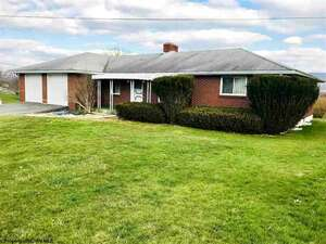 Featured Property in Kingwood, WV 26537