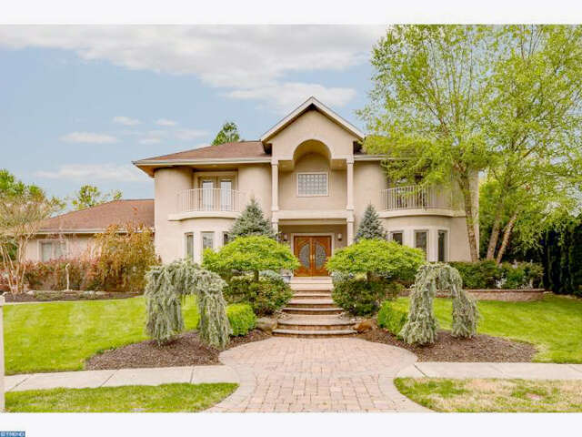 Single Family for Sale at 12 Carriage House Ct Cherry Hill, New Jersey 08003 United States