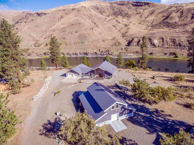 Single Family for Sale at 114 Scott Street White Bird, Idaho 83554 United States