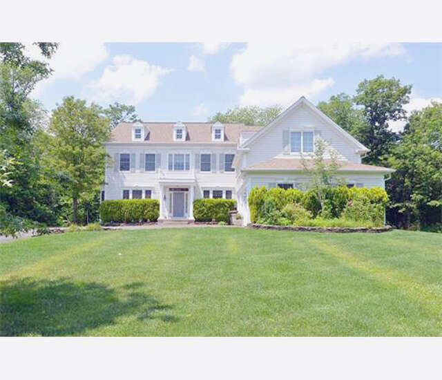 Single Family for Sale at 8 Equestrian Way Monroe Township, New Jersey 08831 United States