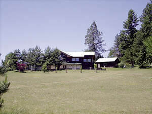 Featured Property in Cocolalla, ID 83813