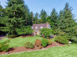 Featured Property in Enumclaw, WA 98022