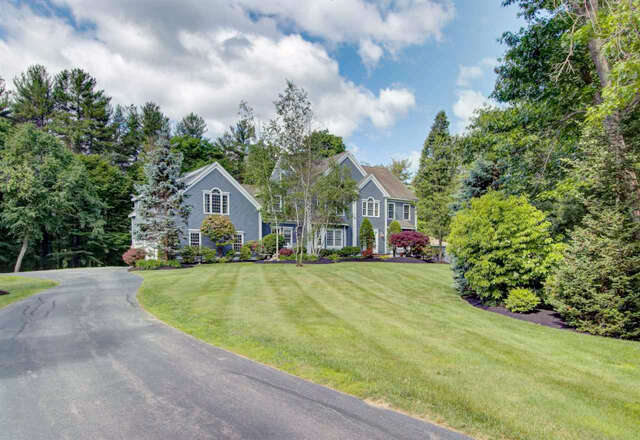Single Family for Sale at 9 Batchelder Lane Hampton Falls, New Hampshire 03844 United States