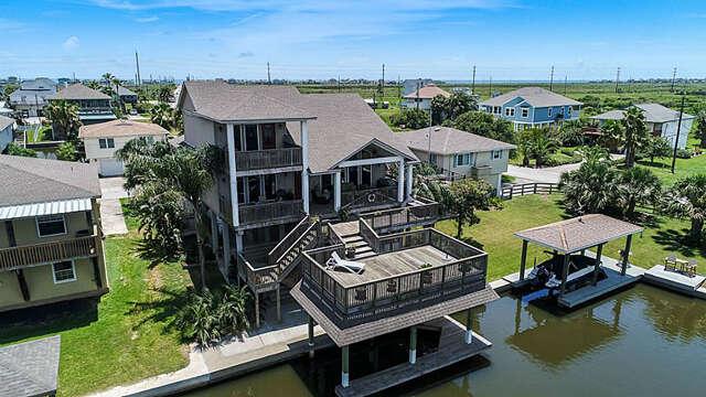 Single Family for Sale at 12836 E Madrid Galveston, Texas 77554 United States