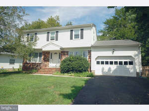 Featured Property in Hamilton, NJ 08690