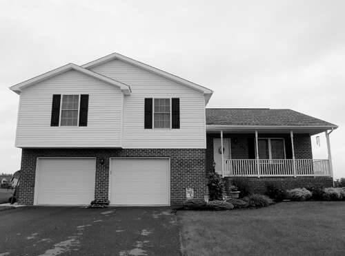 Real Estate for Sale, ListingId:39215640, location: 849 LINDIA DRIVE Chambersburg 17202