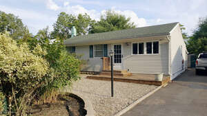 Featured Property in Toms River, NJ 08753