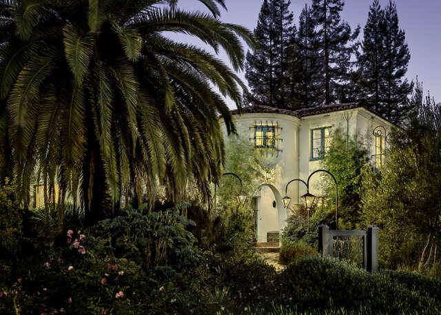 Single Family for Sale at 900 D St Petaluma, California 94954 United States