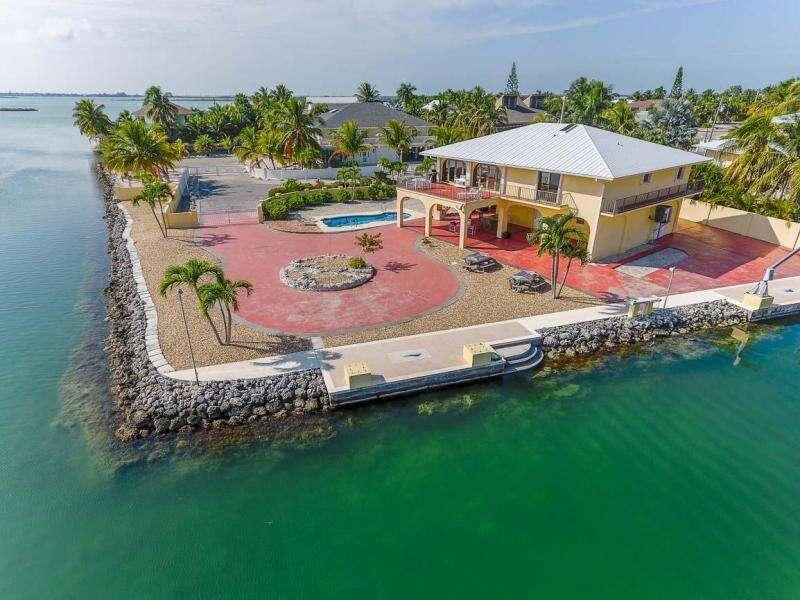 Single Family for Sale at 563 Dogwood Lane Sugarloaf Key, Florida 33042 United States