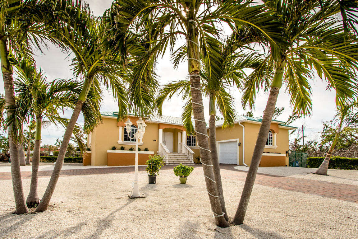 Single Family for Sale at 125 San Remo St Duck Key, Florida 33050 United States