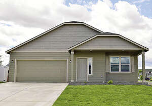 Featured Property in Rathdrum, ID 83858