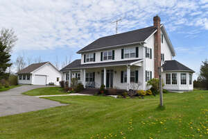 Featured Property in Bloomfield, ON K0K 1G0