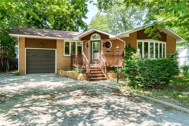 Home Listing at 2081 Fowler Crt., MISSISSAUGA, ON