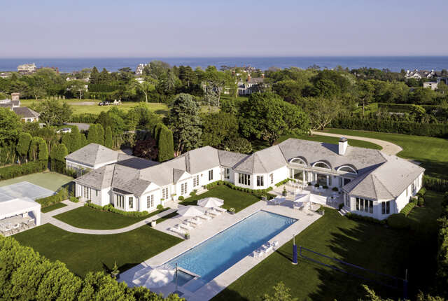 Single Family for Sale at 281 Gin Lane Southampton, New York 11968 United States