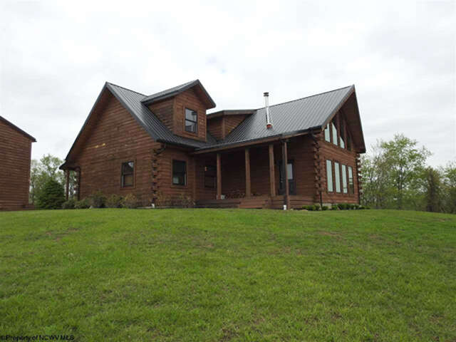 Home Listing at 501 Stone Crest Drive, GRAFTON, WV