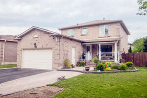 Featured Property in Ajax, ON L1T 2R2