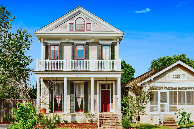 Single Family for Sale at 8217 Neron Place New Orleans, Louisiana 70118 United States