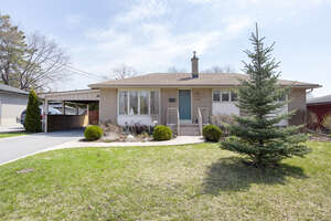 Featured Property in Kingston, ON K7M 3W5