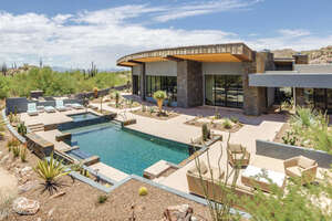 Featured Property in Oro Valley, AZ 85755