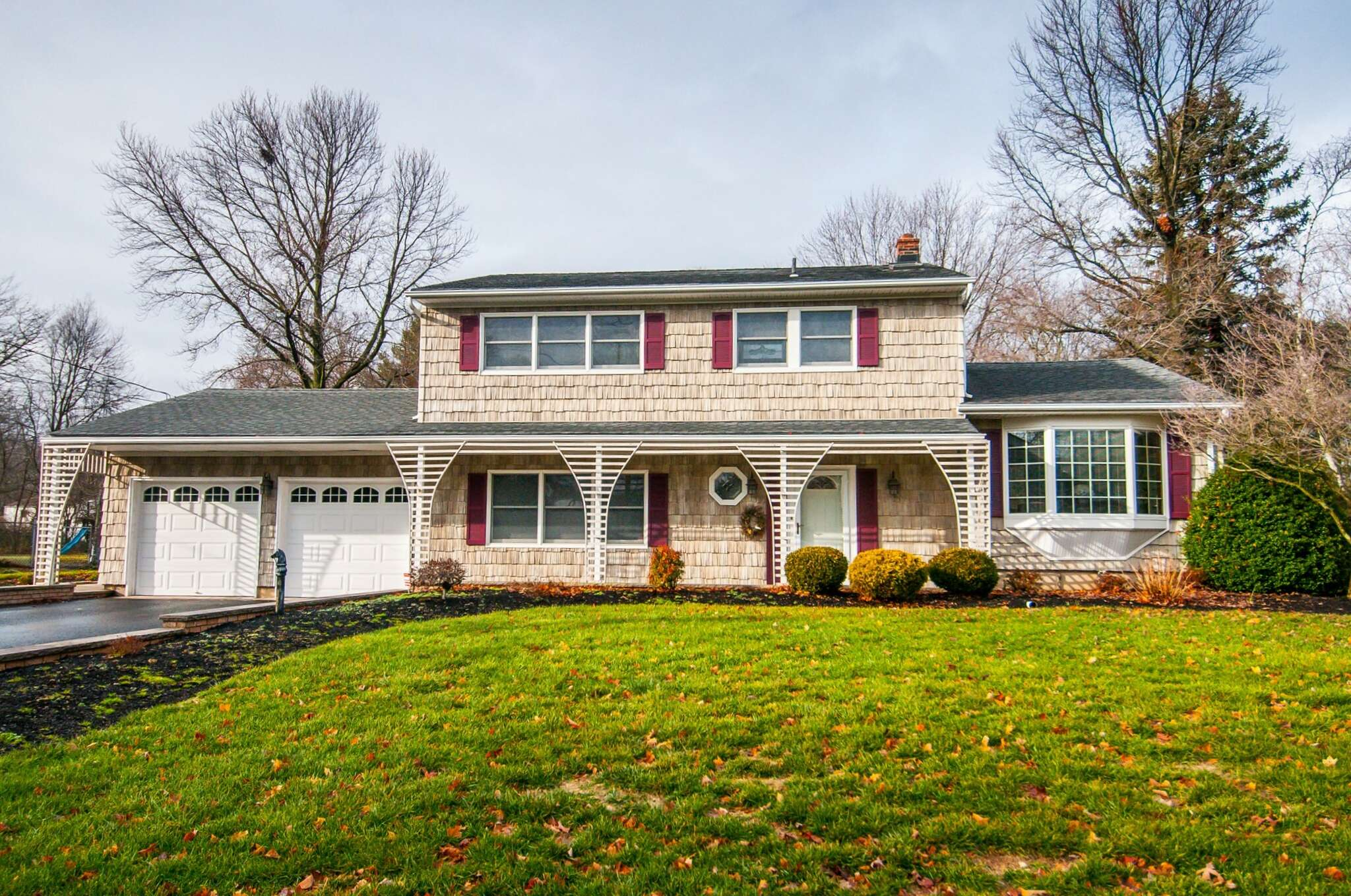 Single Family for Sale at 13 Phillip Drive Edison, New Jersey 08820 United States