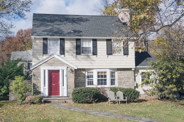 Single Family for Sale at 31 Claremont Dr Millburn, New Jersey 07041 United States