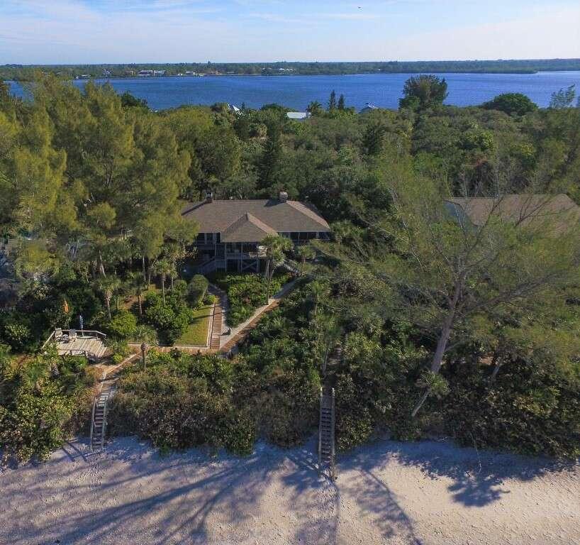 Single Family for Sale at 7490 Manasota Key Rd Englewood, Florida 34223 United States
