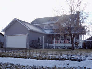 Featured Property in Dunmore, AB T1B 0J3