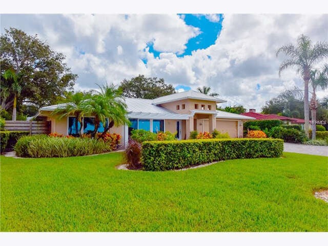 Featured Property in SARASOTA, FL, 34243