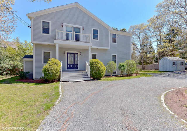 Single Family for Sale at 188 Seapit Road Waquoit, Massachusetts 02536 United States