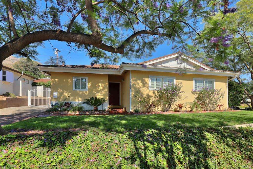 Single Family for Sale at 11024 Sevenhills Drive Tujunga, California 91042 United States