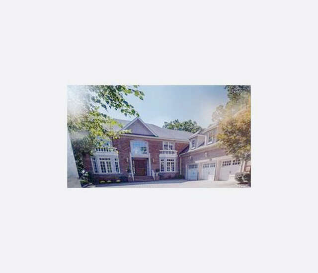 Single Family for Sale at 10 Hidden Pond Court East Brunswick, New Jersey 08816 United States
